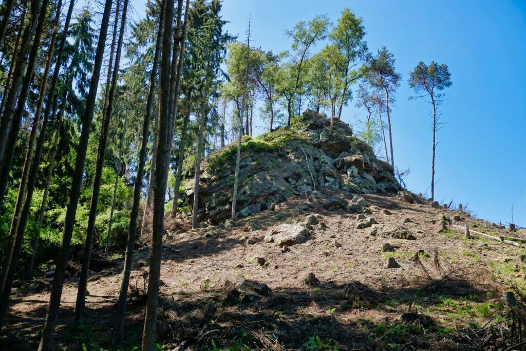 Ein erster Sandstein bei den Dörenther Klippen